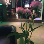 一輪のお花で雰囲気は変わります